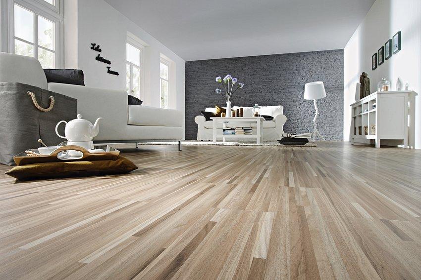Designbodenbeläge In Neuer Holzoptik Malerfachbetrieb Taktec